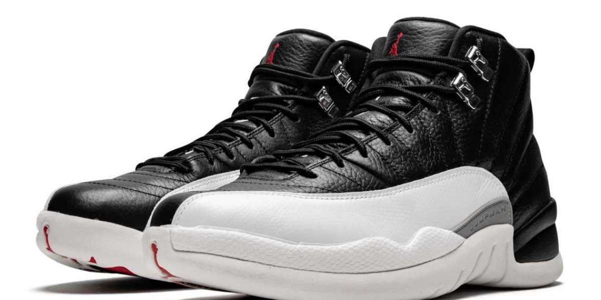 """The classic """"Bred"""" suit appears on Jordan Pro Strong DC8418-006"""